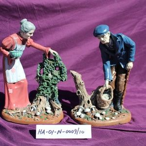 Elderly Couple Statues